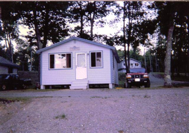 Brook Trout -- One Bedroom Cottage (Lakefront)